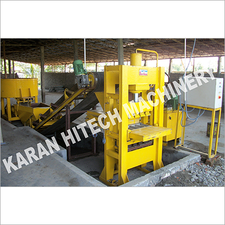 4 Bricks Flyash Brick Making Machine