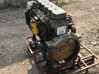 Hyundai R-210/ R-215/ R-220/ R-300 Cummins Engines