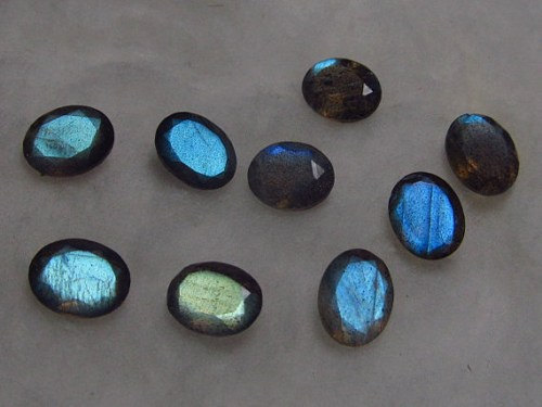 Labradorite Loose Gemstone