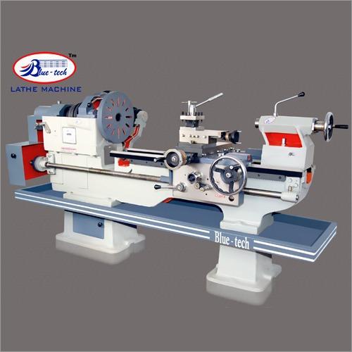 Extra medium duty lathe machine