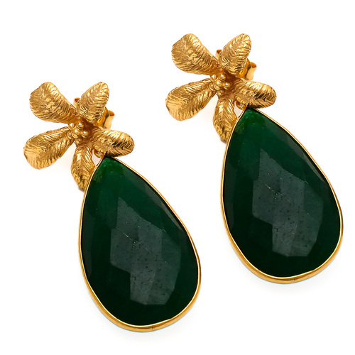 Dyed Emerald Gemstone Earring