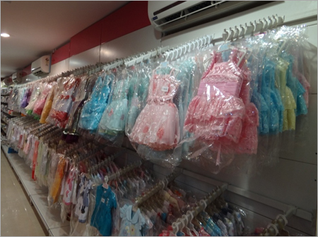 Cantilever Wall Rack Garment Rack Retail Stores