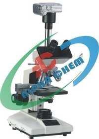 Trinocular Microscopes