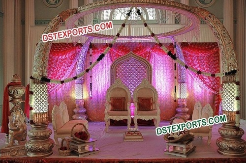 Indian Wedding Trunk Mandap