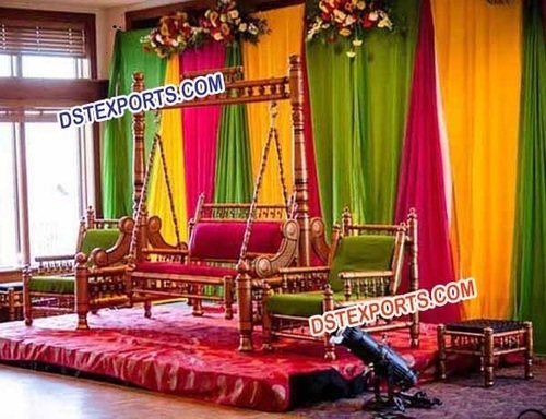 INDIAN WEDDING GOLDEN JHULA SET
