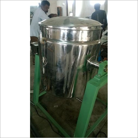 Tilting Model Double Jacketed Kettle