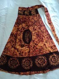 COTTON BATIK PRINTS MED.SIZE SKIRTS