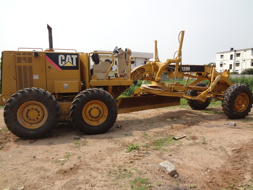 Construction & Earth Moving Equipments