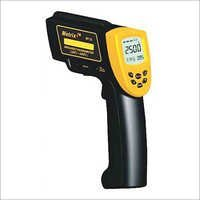 Infrared Thermometer MT 22