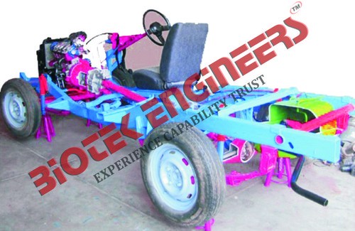 Rear Wheel Drive Car Chassis 4 Stroke 4 Cylinder Petrol Engine (Motor Driven)