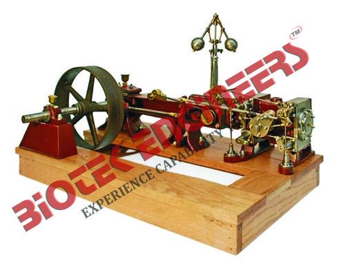 Model of Corliss Valve Steam Engine
