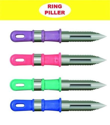 Hand peeler