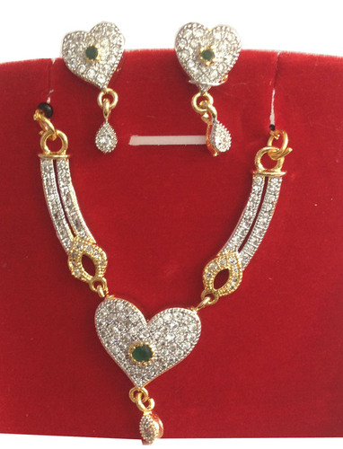 C Z Jewellery-M S Pandent Set