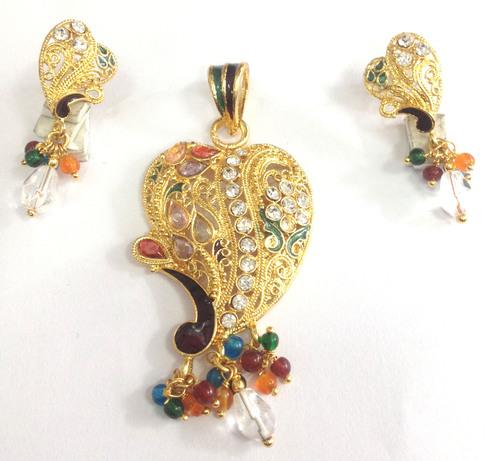 Costume Jewellery-Pandent Set