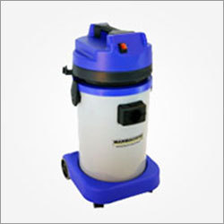 Single Motor Vacuum Cleaners
