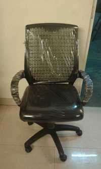Cushion Back Chairs in Delhi
