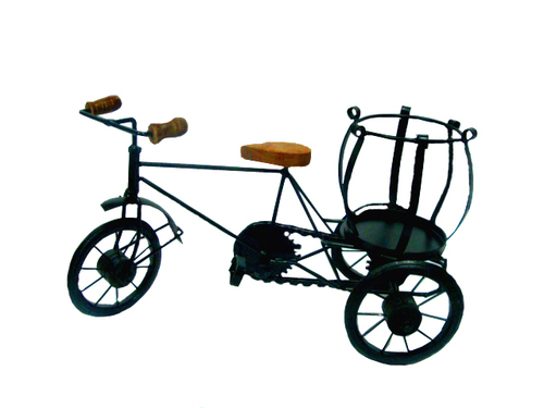 Iron Decorative Riksha