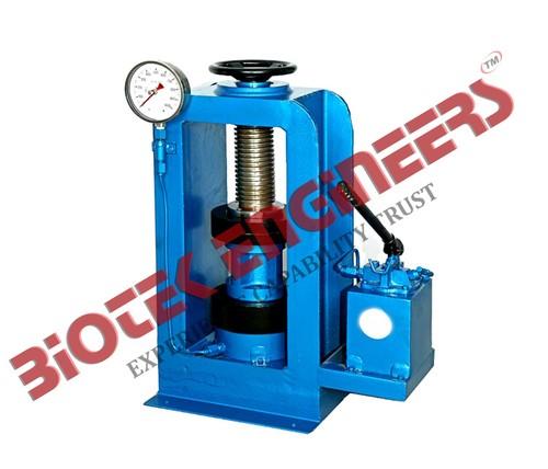 Compression Testing Machine 1000 KN (Hand Operated) -B