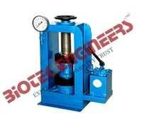 Compression Testing Machine 1000 KN (Hand Operated) -B