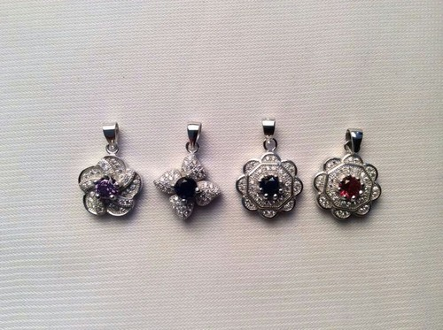 Womens Silver Pendants