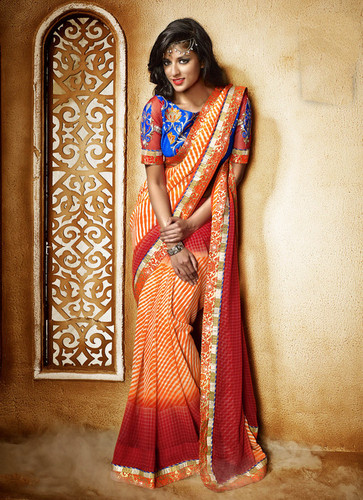 RED SHADED HEAVY BORDER SAREE