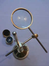 Table Magnifying Glass