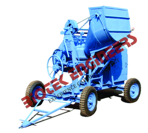 Concrete Mixer With Hydraulic Hooper