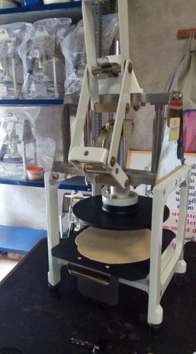 Semi Automatic Uncooked Chapati Making Machine