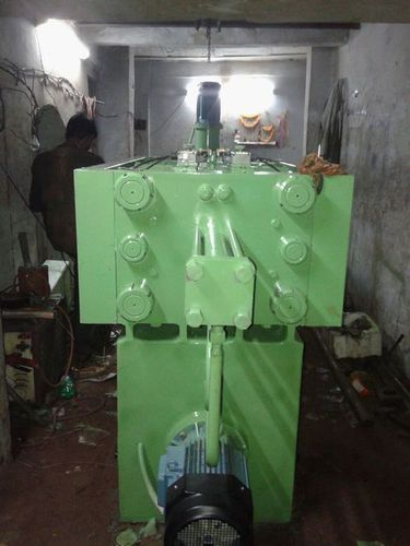 Commercial Injection Molding Machine