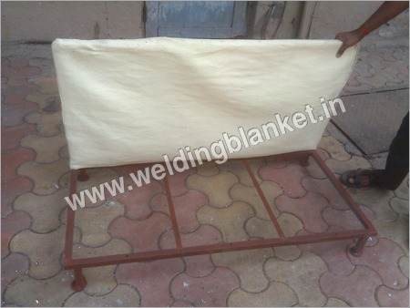 Welding Resistant Pillow With Stand