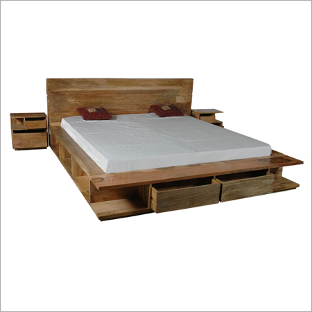 Aolborg Solid Mango Wood Bed with Bedsides