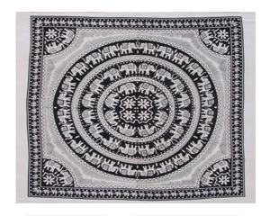 BLACK WHITE PRINTED TAPESTRY WITH FRINGES