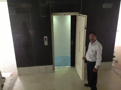 Swing Door Lifts