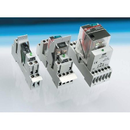 Pluggable Interface Relay