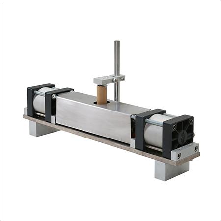 Paper core notch cutter