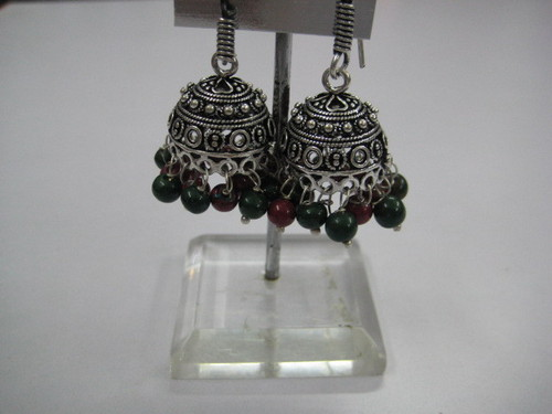 Earrings in silver plated