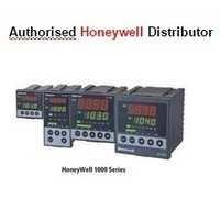 Honeywell PID Controller  DC1010CL-301000-E