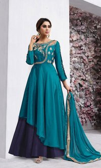 Tapets silk embroidery stylish Salwar Kameez
