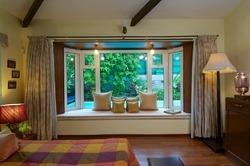 Villa Bay Window