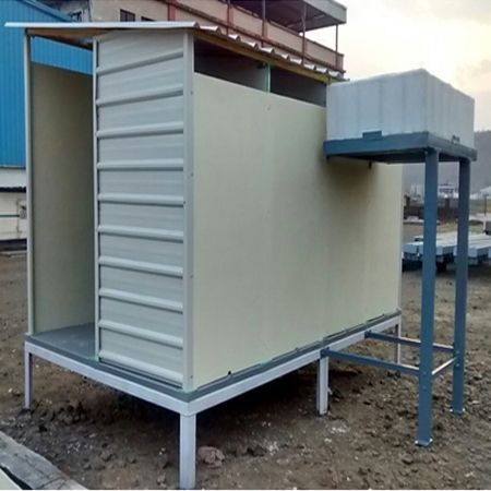 Toilet Unit with Water Tank