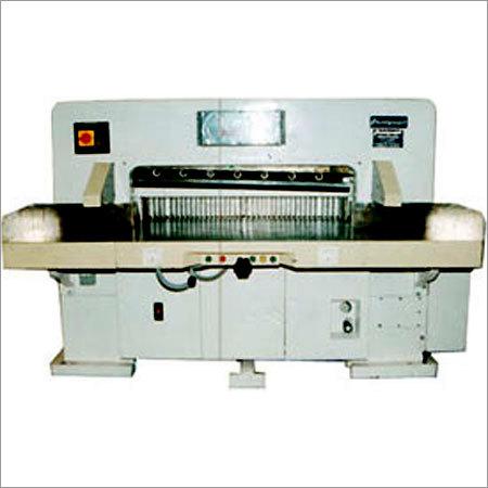 Programmatic Paper Cutting Machine