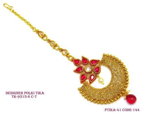 Red Flower Chand Tika