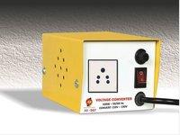 100 WATTS STEP UP  - VOLTAGE CONVERTER - 100 V - 230 V