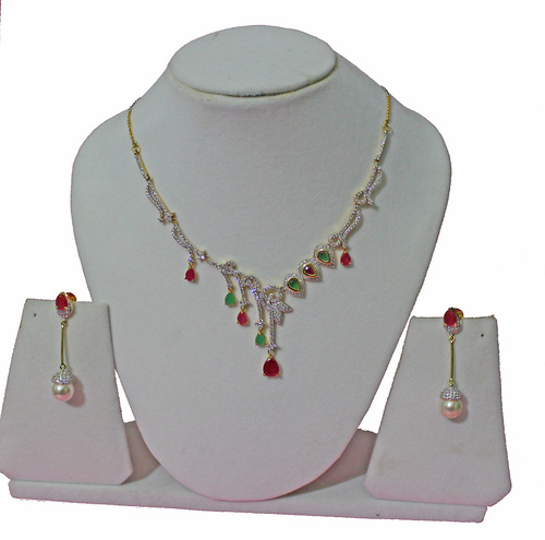 White Stone Necklace Set