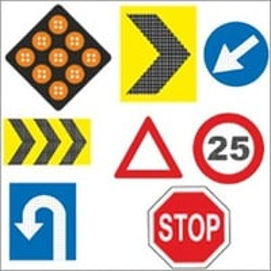 Electronic Solar Chevron Signs