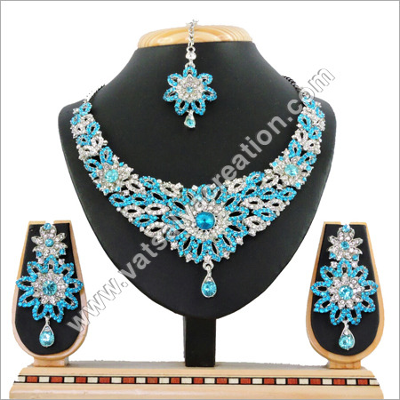 R Firozi Necklace Set