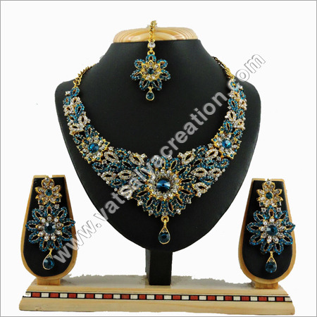 Rama Necklace Set