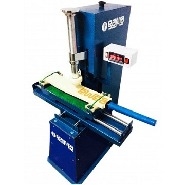 Cricket Bat Knocking Machine