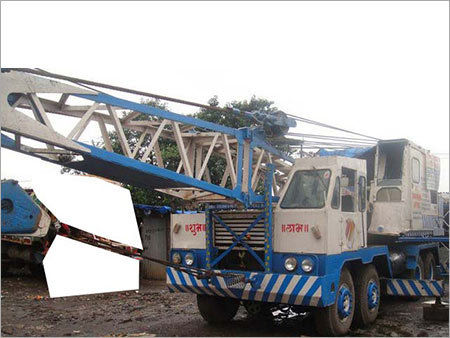 Truck Mounted Lattice Cranes Rental