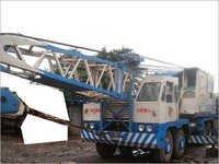 Truck Mounted Lattice Cranes Rental